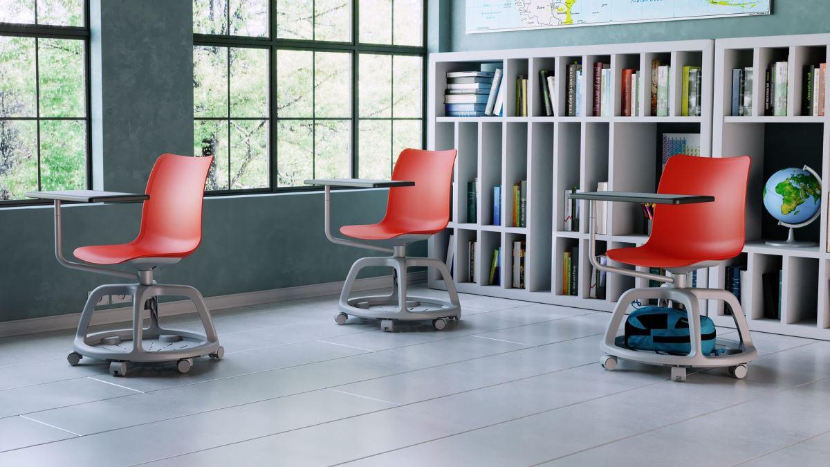 Multifunkcionalna stolica za distanciranje uučionicama